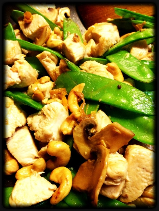 Chicken with Cashew and Snow Peas